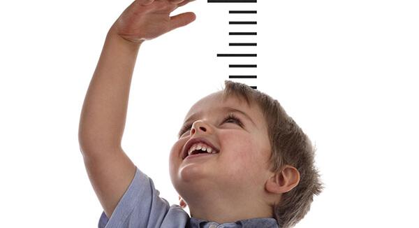 اختلالات رشد در کودک می تواند نشانه ای برای بیماری های تیروئید باشد